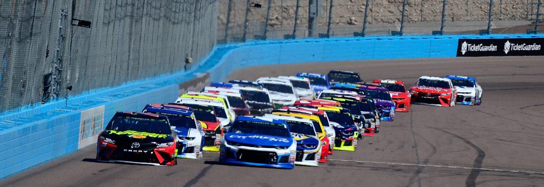 ISM Raceway cars racing.
