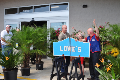 St. Johns County Florida, Lowe's grand opening board cutting.