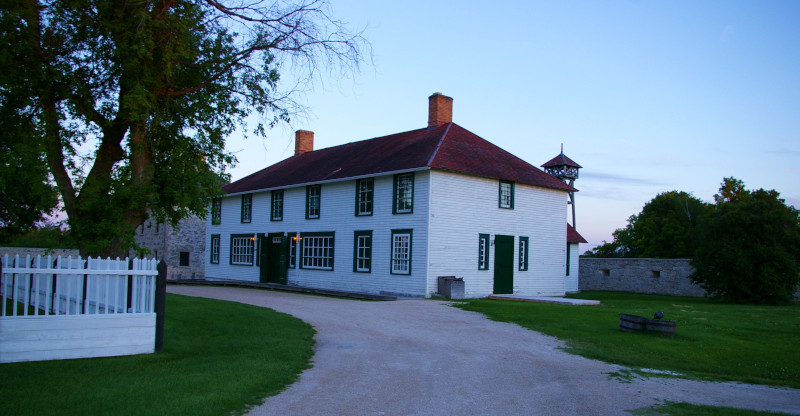 Rural Municipality of St. Andrews Manitoba. Photo of lower Fort Garry with a building and watch tower behind it.
