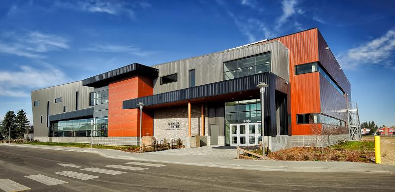 Wetaskiwin Alberta, Manluk Centre building.
