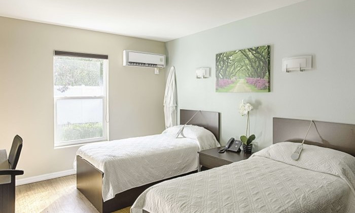 Novus Medical Detox Centers bedroom.