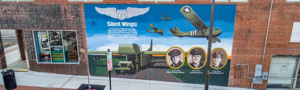 Sanford, North Carolina war memorial mural.