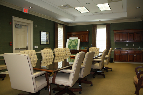 Thomasville Regional Airport conference room with nice chairs and a long table.