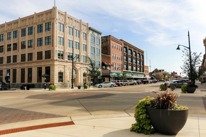 Albert Lea, Minnesota, MN, streetscape by Teresa Kauffmann.