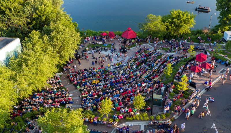 Elk River, Minnesota Rivers Edge Commons Park Concert