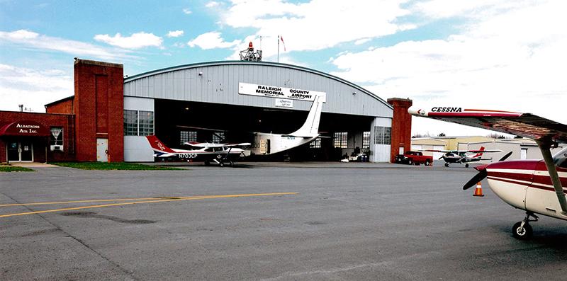 Raleigh-County-Memorial-Airport_Albatross-Air
