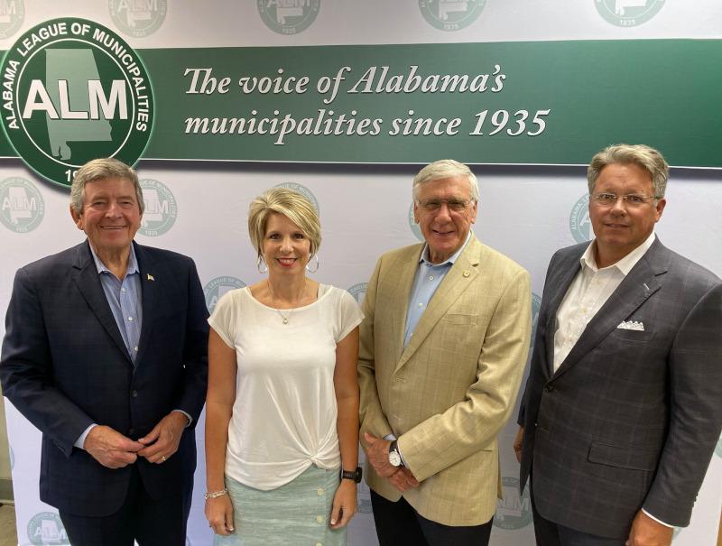 Alabama League of Municipalities Greg Cochran with ALM Leadership
