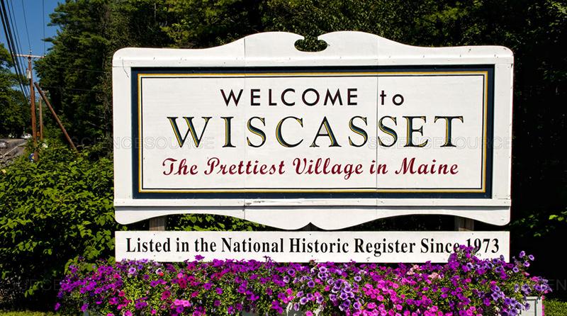 Town-Pretty-Village-Sign