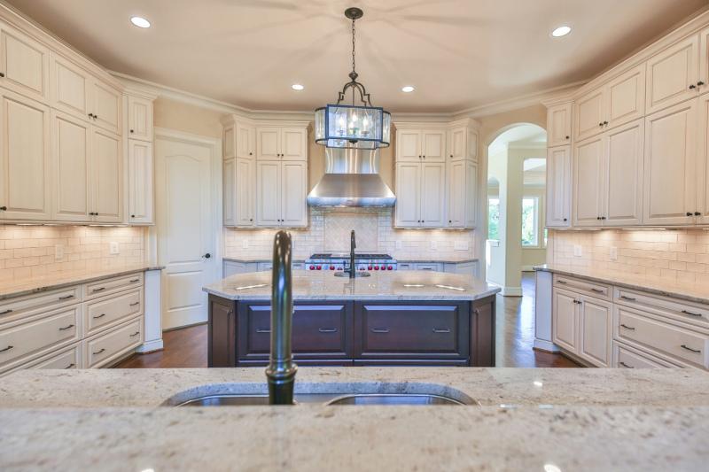 Bold Construction kitchen